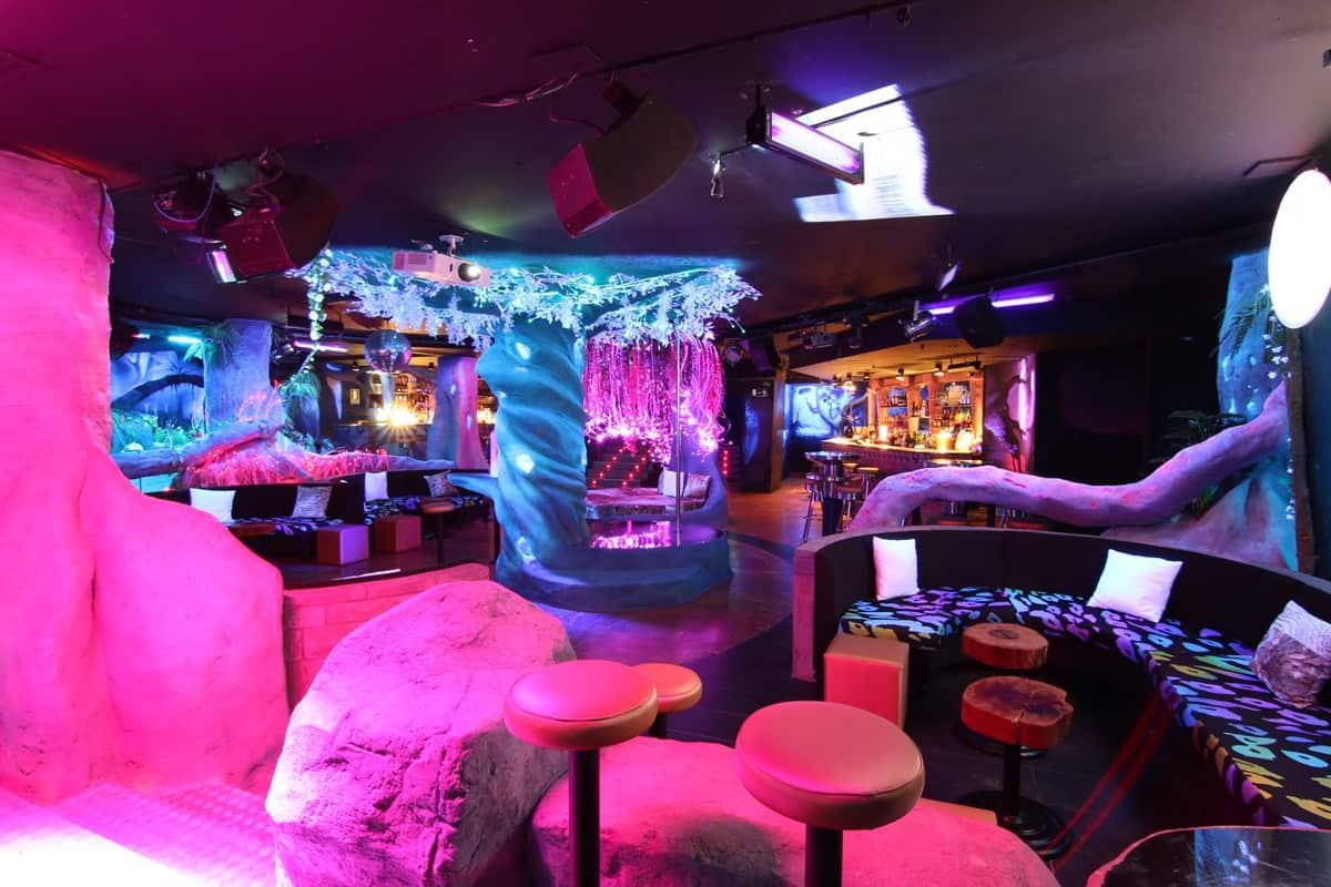Downloadfile 1 barcelona strip club - Strip club barcelona ...