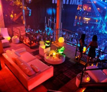 VIP-table-stripclub-barcelona